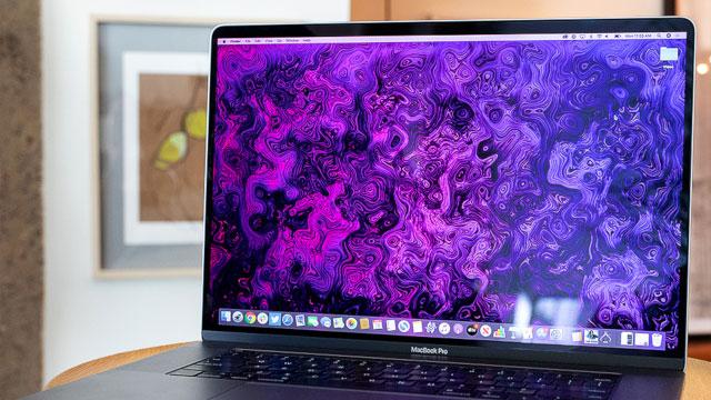 Jakie etui do MacBook Pro 16 warto kupić