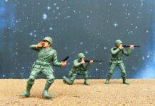 jaką zabawkę militarną kupić dziecku?